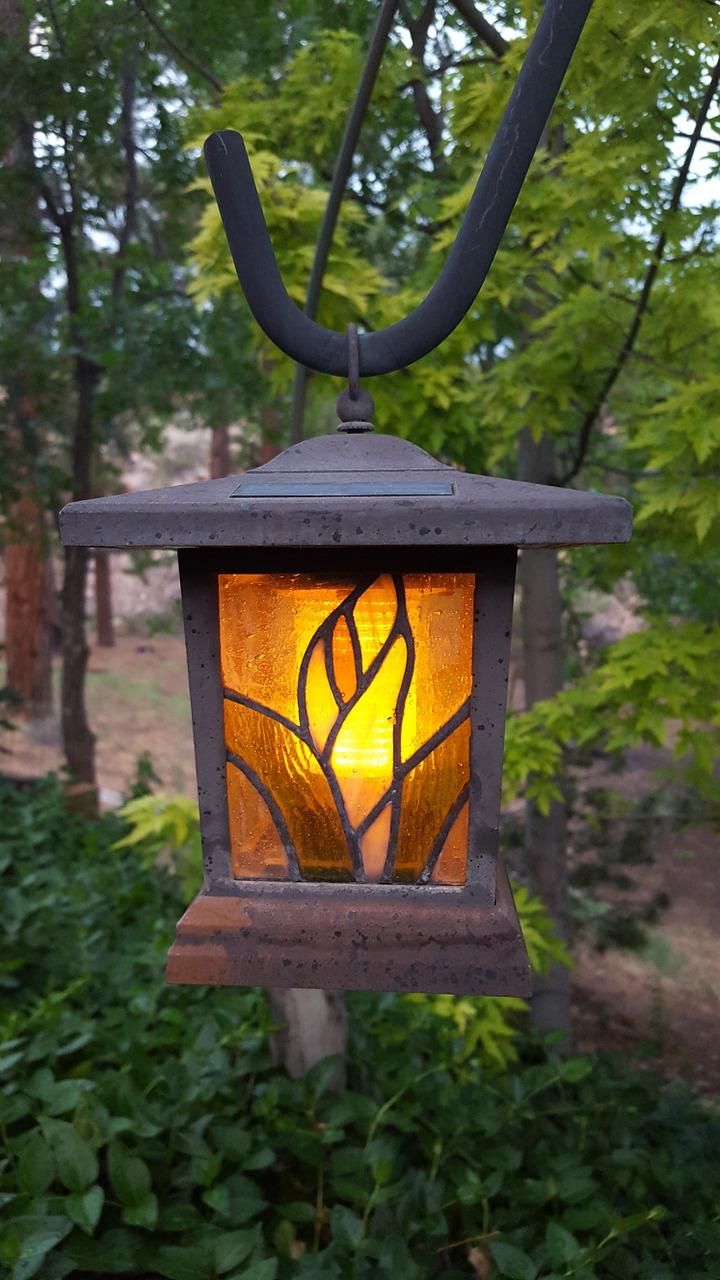 éclairage jardin extérieur